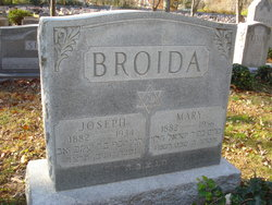 Mary <I>Rosenfeld</I> Broida