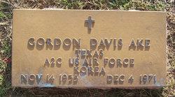 Gordon Davis Ake