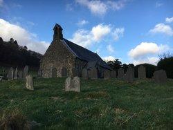 Llanymawddwy, Saint Tydecho Churchyard