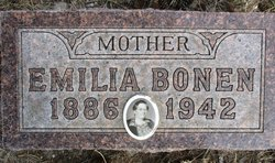 Emila Bonen