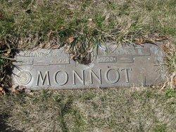 Charles Monnott