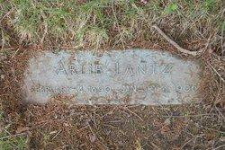Arlie W Lantz
