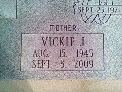 Vickie Jean <I>Oaks</I> Frazier