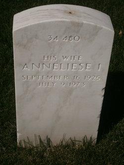Anneliese I Fergason