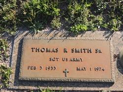 Thomas R Smith, Sr
