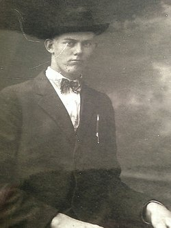 Lloyd Adams