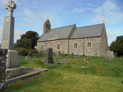 St Cynidr & St Mary's Churchyard