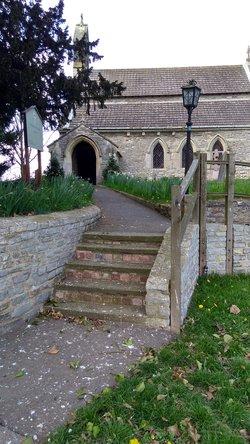 St Mary & All Saints Churchyard
