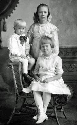 "Hildegard Ellsworth ""Pug"" Lunde"