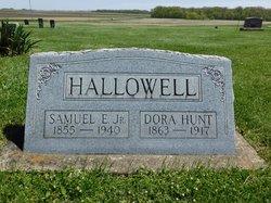 Dora I. <I>Hunt</I> Hallowell