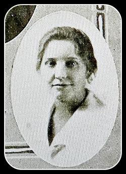 julia cmore