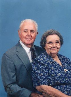 Elsie Edna <I>Davis</I> Wallace