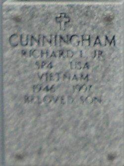 Richard L Cunningham, Jr