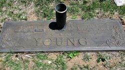 Lee Erwin Young