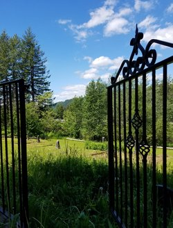 Bridal Veil Cemetery