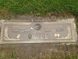 Amos Ogle