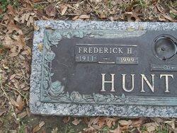 Frederick Henry Huntoon (1911-1999) - Find A Grave Memorial