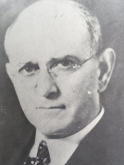Lloyd Cassel Douglas