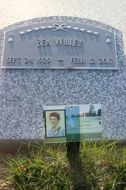 "Leora Maxine ""Bea"" <I>Cass</I> Willey"