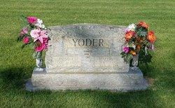 """Patsy E """"Pat"""" <I>Driskill</I> Yoder"""