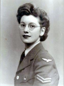 Joan Elizabeth <I>Clarke  -</I> Murray