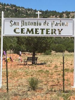 Los Montoyas Cemetery