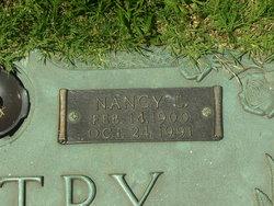 Nancy Gladys <I>Loftis</I> Gentry