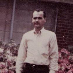 Ralph E Williams
