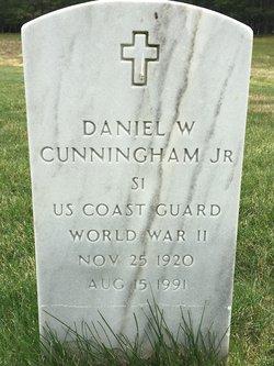 Daniel W Cunningham, Jr