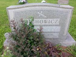Mary <I>Lewandowski</I> Cichowicz