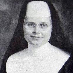 Sr Yvonne Jenn