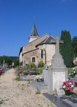 Vieville sous les cotes churchyard