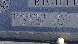 Raymond Eugene Richter