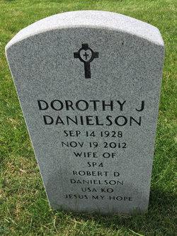 """Dorothy Jane """"Sunny"""" <I>Sunnaborg</I> Danielson"""
