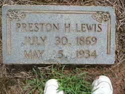 Preston Lewis
