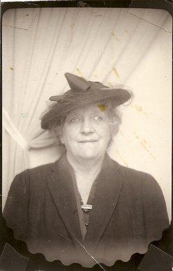 Mrs Hester Elizabeth <I>Hardy</I> Martin