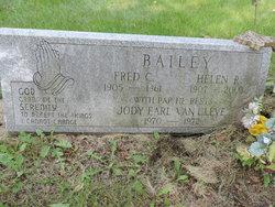 Helen L <I>Ridenour</I> Bailey