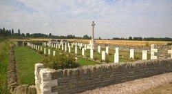 Desplanque Farm Cemetery, La Chappelle d'Armentier