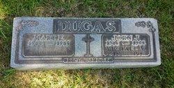 Mary E Dugas