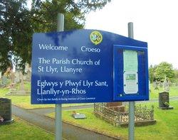 Llanyre, St Llyr's Churchyard