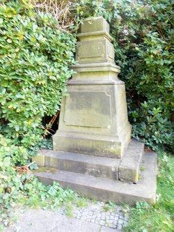 Essen-Huttrop alter Friedhof, Steeler Str.