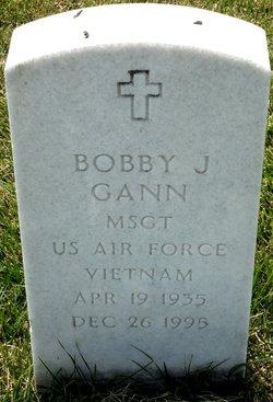 Bobby J Gann