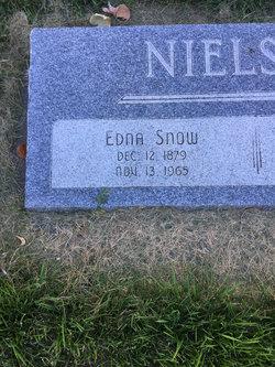 Edna <I>Snow</I> Nielson