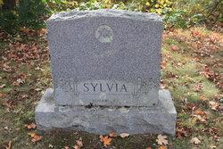 Mildred L Sylvia