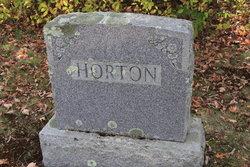 Osmond E Horton