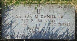 Arthur M Daniel, Jr