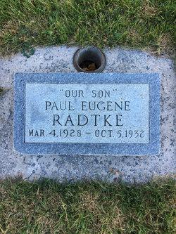 Paul E Radtke
