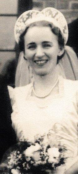 Mary Frances <I>Romaine</I> Ahlstrom