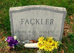 Daniel W Fackler, Sr