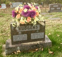 Stanley H Hudgens